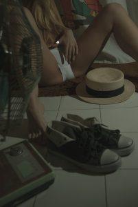 Fetish legs bath model 01